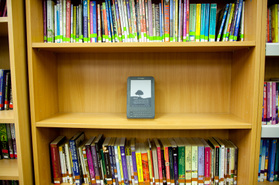 Public Classrooms Say Goodbye Textbooks, Hello e-Texts